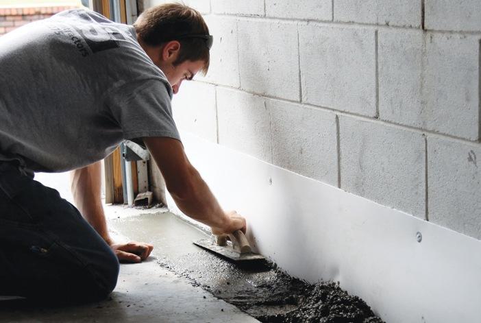 Cách chống thấm sàn nhà hiệu quả với chi phí thấp