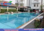 Sàn gỗ hồ bơi tại villa Sông Sài Gòn trước khi hoàn thiện