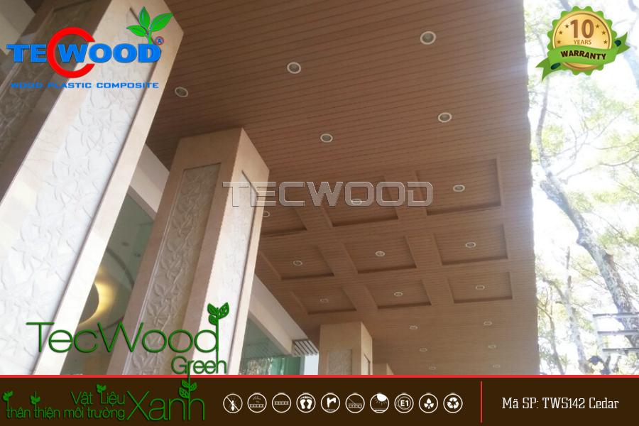 Sử dụng trần gỗ thế nào để ngôi nhà hiện đại, sang trọng hơn