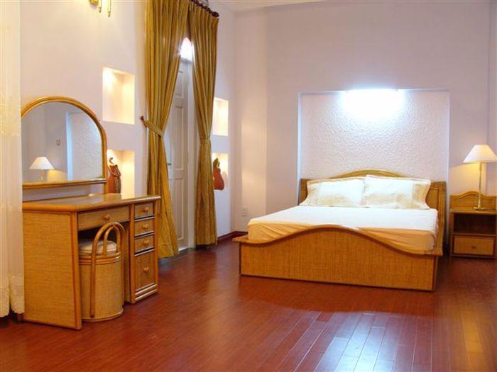 cách chọn sàn gỗ hợp phong thủy cho phòng ngủ