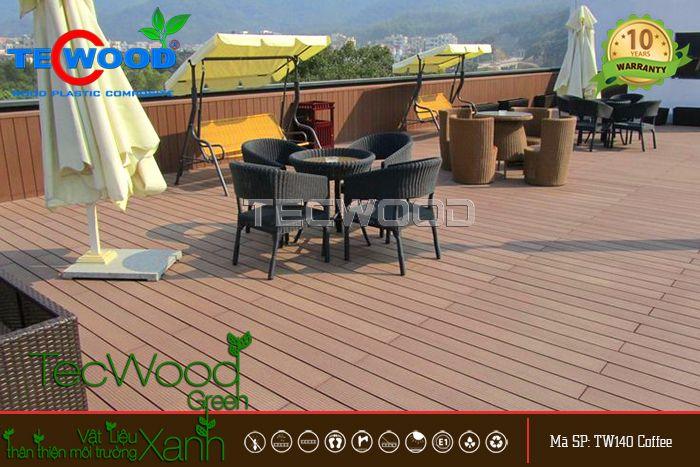 giá sàn gỗ nhựa lót sân thượng