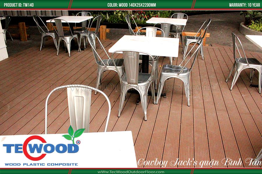 Sàn gỗ lót quán cafe