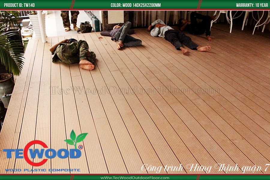 Sàn gỗ lót sân bóng trường quốc tế