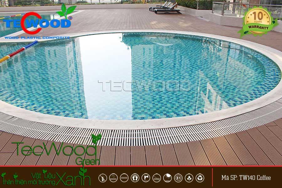 lót sàn hồ bơi bằng sàn gỗ nhựa