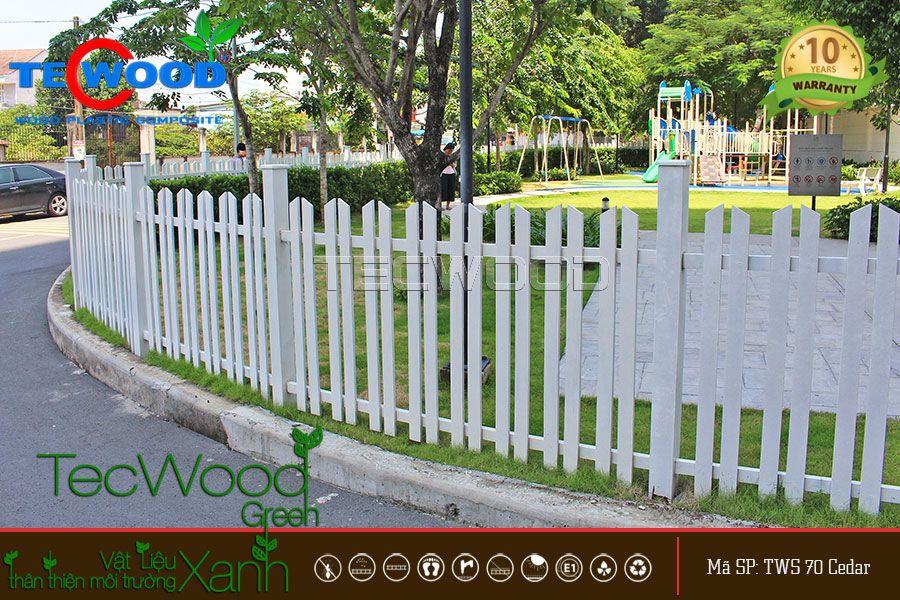 hàng rào gỗ nhựa màu trắng
