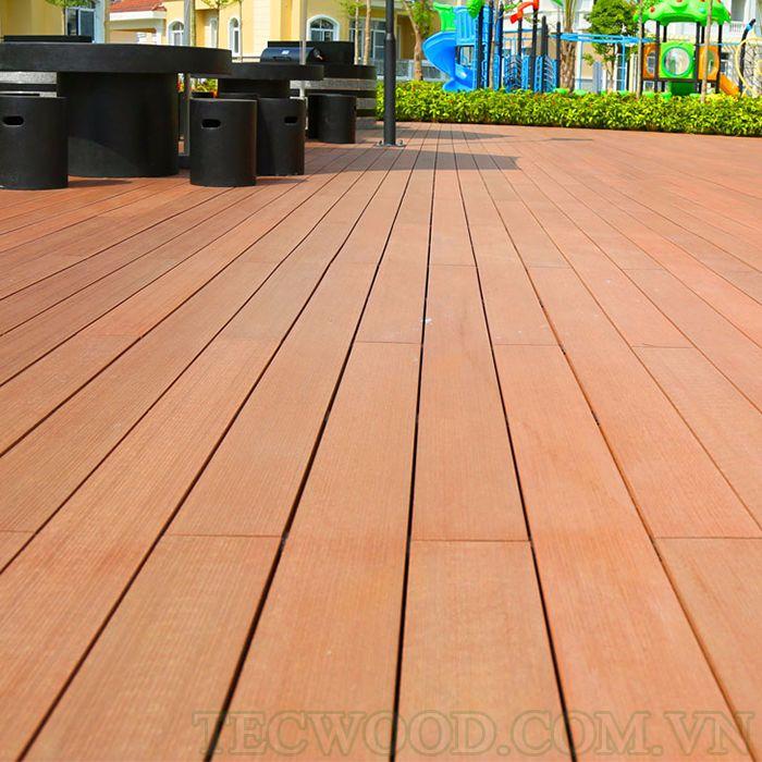 Một trong những mẫu sàn gỗ ngoài trời phổ biến hiện nay.